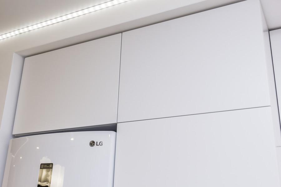 Белый кухонный гарнитур-Кухня МДФ в ПВХ «Модель 9»-фото7